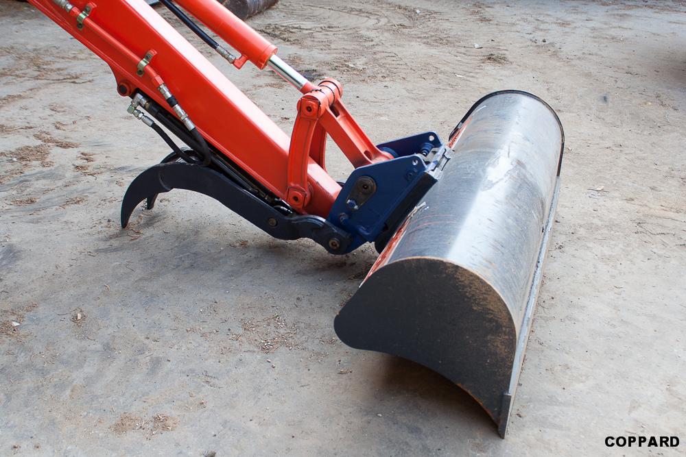 Excavator Attachments - t4