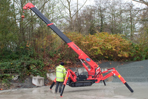 Unic Spider Crane http://www.coppard.co.uk/pages/cranes/unic-095.html