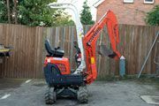 Kubota U10-3 Zero swing excavator available for hire