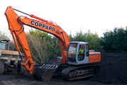Hitachi EX200 excavator for hire